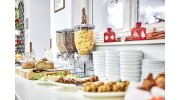 Bufet tableware